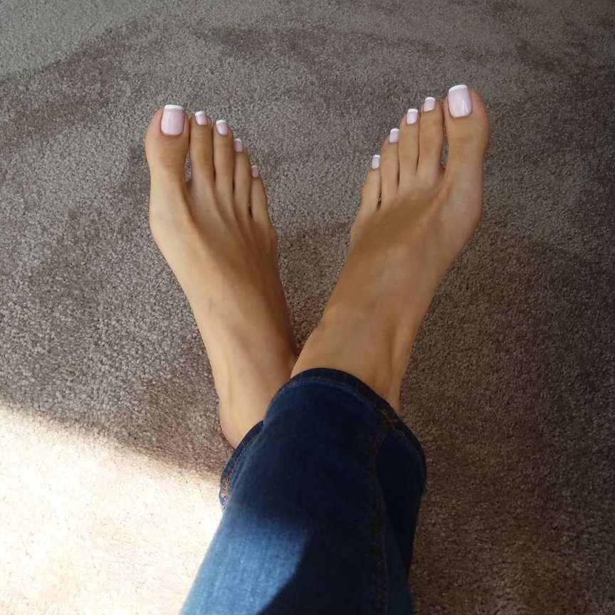 Peeling piedi con l'effetto horror da serpente | Vita su Marte
